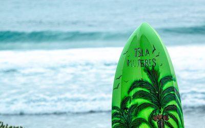 """Surfen door de """"plastic soup"""" kan echt niet!"""
